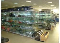 Витрины для магазина автотоваров Болград