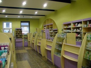 Прилавки для аптеки на заказ