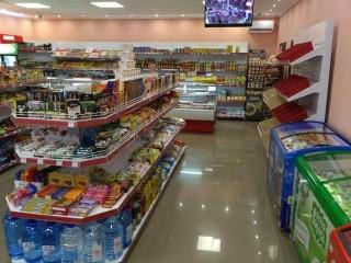 Стеллажи для магазина продуктов
