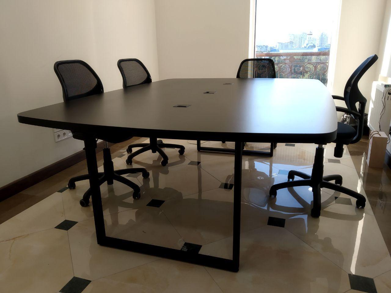 Офисные столы на заказ в Одессе